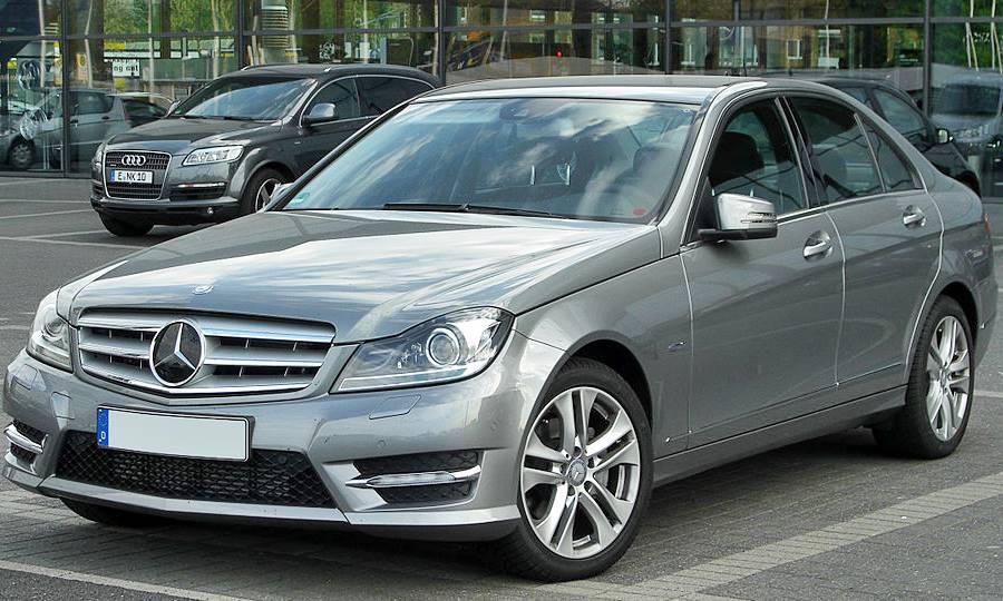 Rent a Car Inđija - Mercedes C klasa 220 cdi